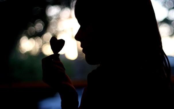 Фото обои свет, бумага, сердце, Девушка, силуэт, затемнение