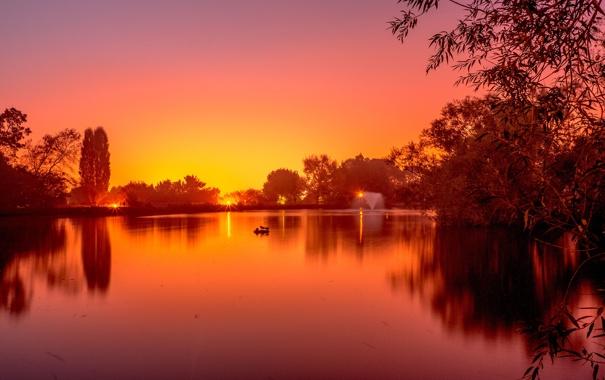 Фото обои закат, фонтан, деревья, пруд, небо, парк, озеро