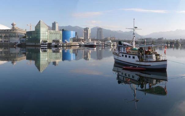 Фото обои город, река, лодка