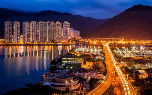 Фото обои море, ночь, город, огни, здания, дороги, дома