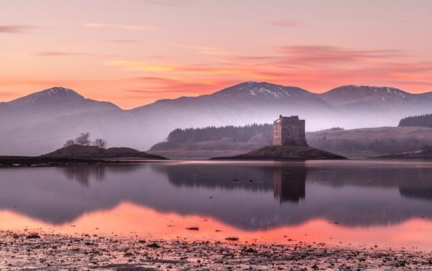 Фото обои туман, озеро, замок