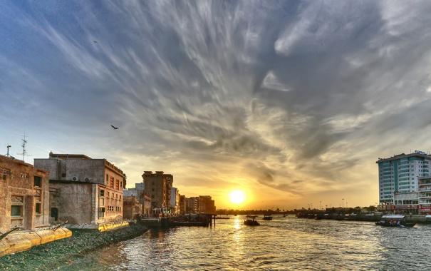 Фото обои закат, дома, лодки, Дубаи, залив