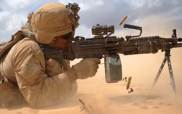 Фото обои soldier, military, M249, light machine gun