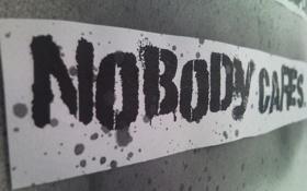 Обои надпись, Nobody cares, безразличие