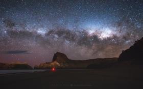 Обои скалы, небо, ночь, Млечный путь, photographer, пляж, Mark Gee