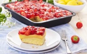Обои ягоды, клубника, пирог, тарелки, вилка, противень
