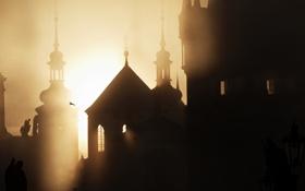 Картинка солнце, город, туман, рассвет, здания, башня, Прага