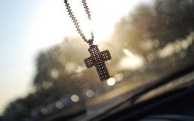 Обои машина, солнце, Крест, окно, бисер, дворники