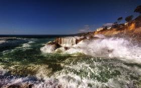 Обои море, брызги, камни, побережье