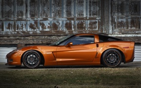 Обои оранжевый, чёрные, профиль, wheels, corvette, шевроле, диски