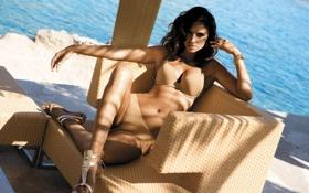 Обои море, кресло, Camila Morais