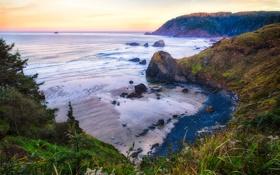 Картинка море, небо, трава, облака, камни, скалы, залив