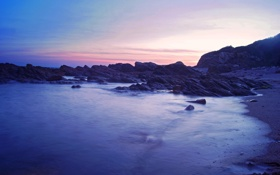 Обои песок, море, фиолетовый, небо, вода, камни, берег