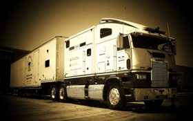 Обои freightliner, автомобили, truck, грузовик