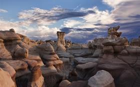 Обои облака, скалы, небо, формы, слои, горы