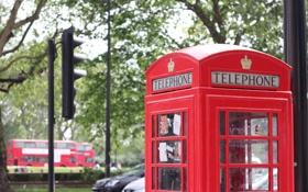 Обои город, улица, будка, красная, телефонная