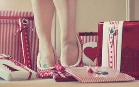 Обои фон, ноги, подарки