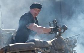 Обои мужик, мотоцикл, актер, Сильвестр Сталлоне, Sylvester Stallone, The Expendables 2, Неудержимые 2