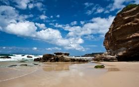 Обои море, пляж, небо, скалы