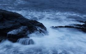 Обои волны, камни, океан