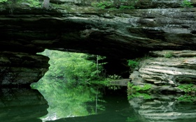 Обои каменный, природный, зелень, отражение, мост, речка