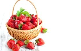 Обои ягоды, клубника, red, корзинка, красная, fresh, спелая