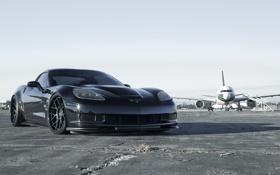 Обои асфальт, самолет, спорткар, corvette