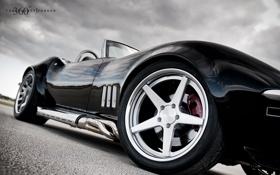 Обои небо, тучи, чёрный, Corvette, Chevrolet, шевроле, black