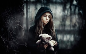 Картинка грусть, девушка, игрушка, малышка, Return to Silent Hill