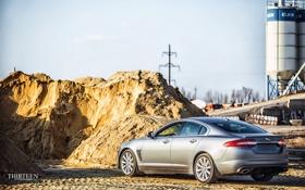Обои песок, машина, авто, Jaguar, Ягуар, фонари, фотограф