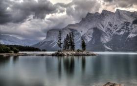 Обои лес, горы, озеро, Banff National Park, Alberta, Canada, Lake Minnewanka