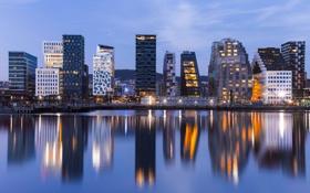 Обои вода, город, огни, отражение, вечер, подсветка, Норвегия