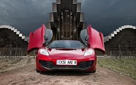 Картинка небо, красный, здание, McLaren, двери, суперкар, MP4-12C