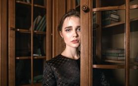 Обои взгляд, книги, губки, Nika, Tatiana Mercalova