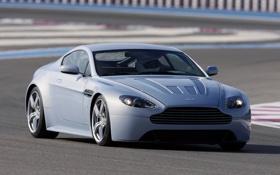 Обои Concept, Aston Martin, трасса, Vantage, астон мартин, V12, передок
