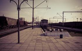 Обои дорога, путь, рельсы, вокзал, Поезд