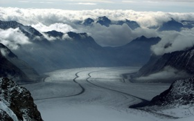 Обои облака, след, туман, природа, горы, снег, свет