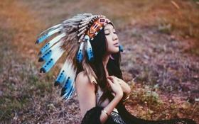 Картинка девушка, размытие, перья, азиатка, головной убор