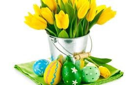 Обои цветы, яйца, букет, Пасха, тюльпаны, желтые тюльпаны