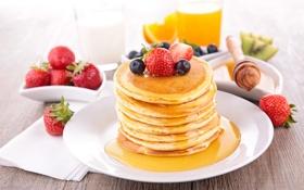 Обои ягоды, клубника, сок, мед, блины, голубика