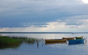 Обои вода, озеро, лодка, штиль