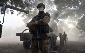 Картинка солдат, оружие, маска, конфликт