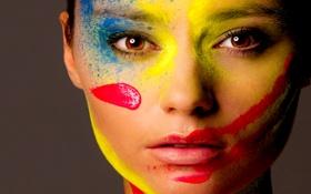 Картинка девушка, лицо, краски, цвет, палитра