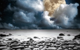 Картинка moon, beach, sky, sea, night, clouds, stones