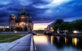Картинка облака, река, небо, германия, вечер, собор, berlin