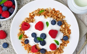 Обои крем, фрукты, еда, blueberries, малина, черника, raspberries
