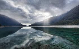 Картинка небо, прозрачность, горы, тучи, отражение, Озеро