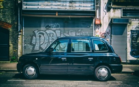Обои black, street, taxi, London, East
