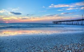 Картинка закат, ракушки, пляж, небо, облака, океан, волны