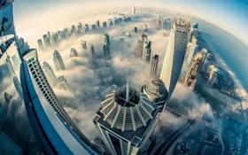 Обои город, туман, здания, высота, мегаполис